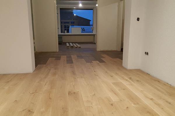 Eiken Vloer Aanhelen Aanbouw - AL Vloeren Venlo - Houten Vloeren Venlo