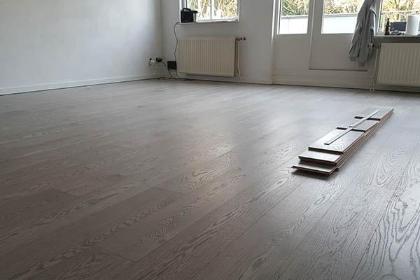 Multiplank eiken vloer leggen Venlo 04