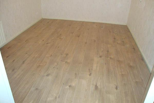 Laminaat vloer leggen Roermond 02