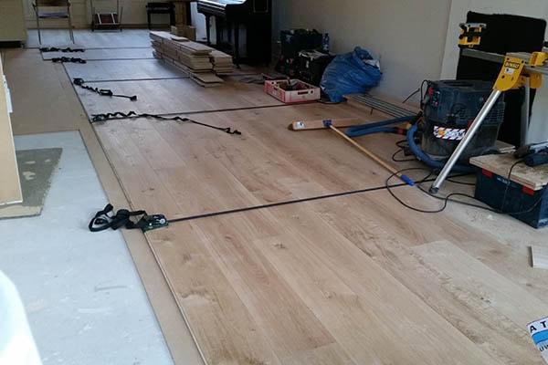 Multiplank eiken vloer zwevend leggen Venlo 01