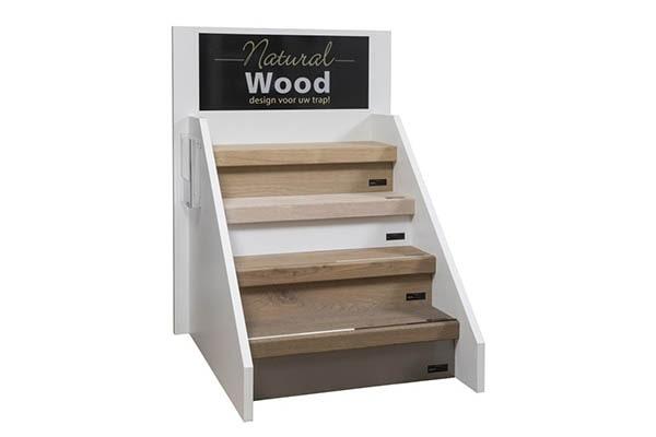 00 Natural Wood traprenovatie