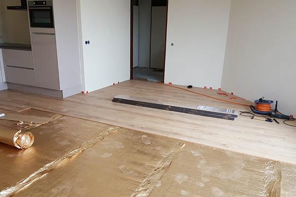 Douwes Dekker elegant laminaat vloer leggen Venlo 02