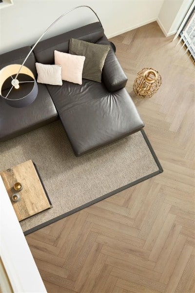 COREtec the Naturals Herringbone VG804 Lumber impressie - AL Vloeren Venlo - Visgraat PVC vloer kopen Venlo