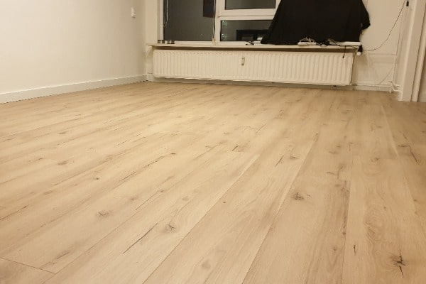 Meister laminaat vloer leggen appartement Venlo 01 - AL Vloeren Venlo