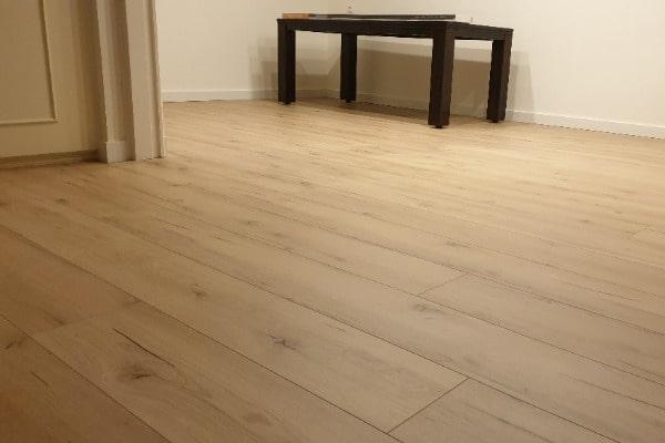 Meister laminaat vloer leggen appartement Venlo 02 - AL Vloeren Venlo
