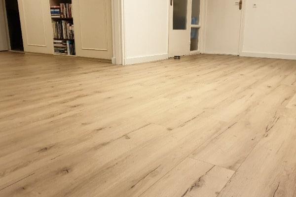 Meister laminaat vloer leggen appartement Venlo 03 - AL Vloeren Venlo